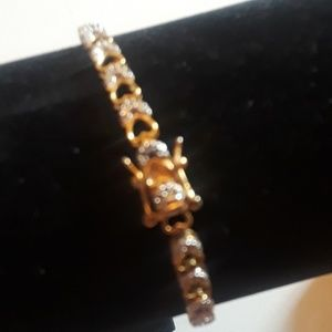 925 Bracelet with Diamond Heart Shaped Accents